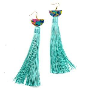 Boho style Long fashion fringe tassle earrings (u)
